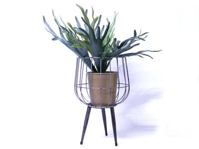 Metalen plantenstandaard