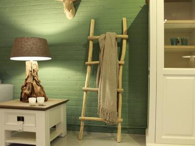 Decoratieve  houten ladder